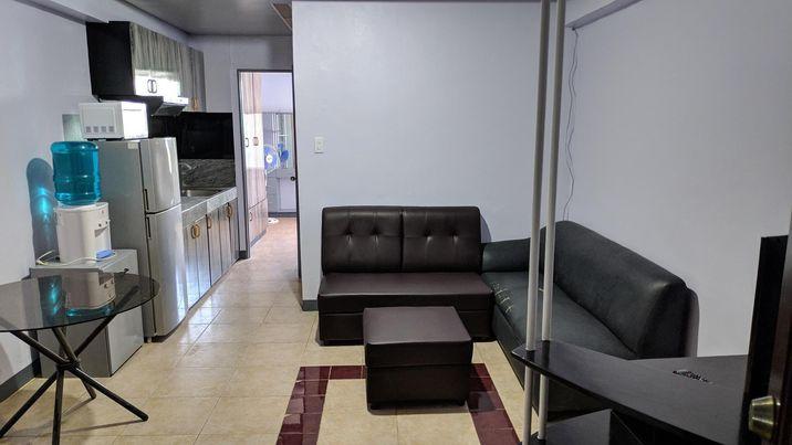 1ベッドルームコンドミニアム l Trinity Plaza (1-Bedroom Unit)