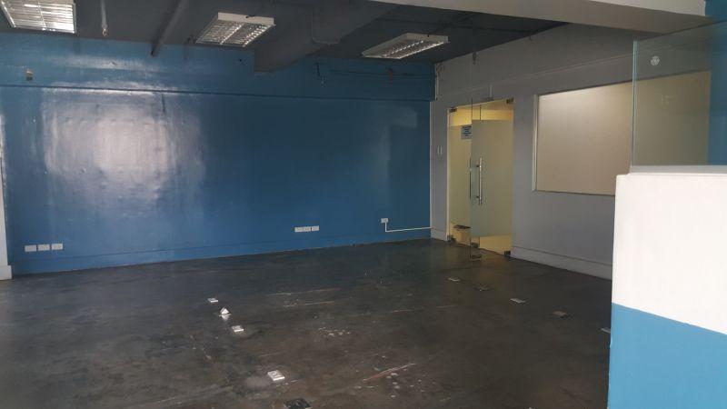 バニラッドセブ市の106平方メートルのオフィススペース